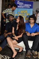 Siddharth Mahadevan, Shweta Pandit at 9X Media celebrates World Music Day with the launch of Music dil mein in Villa 69 on 20th June 2014 (27)_53a63c7529f98.JPG