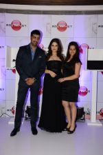 Zarine Khan launches Amethyst in India on 26th June 2014 (17)_53ad2258713d6.JPG