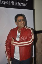 Kunal Ganjawala at Bollywood_s tribute to RD Burman in shanmukhananda hall on 27th June 2014 (175)_53ae7681be2ac.JPG