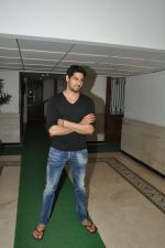 Sidharth Malhotra success bash at home in Mumbai on 28th June 2014 (200)_53af7ef912afd.JPG