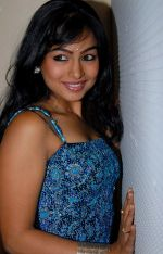 Kalyani Telugu Actress Photos (5)_53b127144a355.jpg