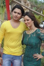 Priti Sharma, Sidhant Singh On location shooting of film Hume Toh Loot Liya in Mumbai on 30th June 2014 (82)_53b27637e183e.JPG