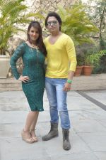Priti Sharma, Sidhant Singh On location shooting of film Hume Toh Loot Liya in Mumbai on 30th June 2014 (92)_53b2763a8179e.JPG