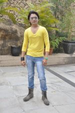 Sidhant Singh On location shooting of film Hume Toh Loot Liya in Mumbai on 30th June 2014 (28)_53b2763b08f70.JPG