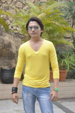 Sidhant Singh On location shooting of film Hume Toh Loot Liya in Mumbai on 30th June 2014 (36)_53b2763ebf609.JPG