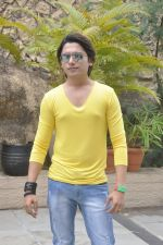 Sidhant Singh On location shooting of film Hume Toh Loot Liya in Mumbai on 30th June 2014 (37)_53b2763f536d4.JPG