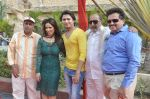 Surendra Varma, Priti Sharma, Sidhant Singh, Tinu Anand, Satyendra Thakur On location shooting of film Hume Toh Loot Liya in Mumbai on 30th June 2014 (78)_53b2764072e9e.JPG