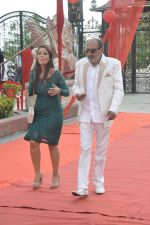 Tinu Anand, Priti Sharma On location shooting of film Hume Toh Loot Liya in Mumbai on 30th June 2014 (67)_53b275cad9426.JPG