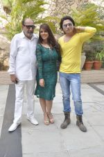 Tinu Anand, Priti Sharma, Sidhant Singh On location shooting of film Hume Toh Loot Liya in Mumbai on 30th June 2014 (18)_53b275ce4f639.JPG