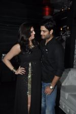 Vivian Dsena and Vahbiz Dorabajee at Vivian Dsena_s birthday party in Villa 69, Mumbai on 28th June 2014 (21)_53b2a29f2ed53.JPG