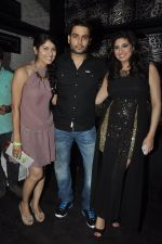 Vivian Dsena and Vahbiz Dorabajee at Vivian Dsena_s birthday party in Villa 69, Mumbai on 28th June 2014 (33)_53b2a2a054703.JPG
