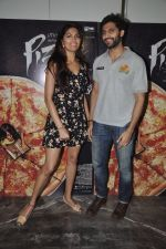 Akshay Oberoi, Parvathy Omanakuttan at Pizza film promotions in Chakala, Mumbai on 1st July 2014 (68)_53b3c2e2c6fdd.JPG