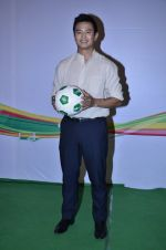 Baichung Bhutia at Castrol photo shoot in Filmistan, Mumbai on 5th July 2014 (18)_53b9307e501d3.JPG