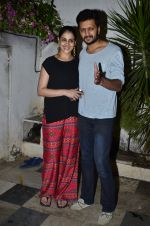 Riteish Deshmukh, Genelia D Souza at Ek Villain success bash in Bandra, Mumbai on 5th July 2014 (68)_53b9328b48d0d.JPG