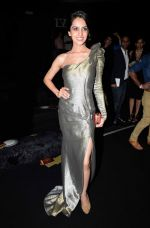 Koyal Rana at Gaurav Gupta show fOR India Couture Week in Delhi on 18th July 2014 (45)_53cbc01abc910.jpg