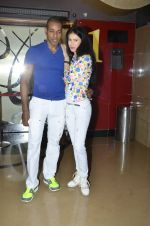 Sucheta Sharma, Harrison at the special screening of movie Pizza 3d hosted by Parvathy Omanakuttan in PVR, Mumbai on 21st July 2014 (22)_53ce671cd8a65.JPG