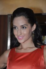 Naura Fatehi at Kamal Saldanah_s roar film launch in Mumbai on 31st July 2014 (57)_53db8da7e1d7e.JPG