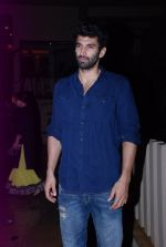 Aditya Roy Kapoor at Siddharth Roy Kapoor_s bday in Juhu, Mumbai on 1st Aug 2014 (5)_53dcc5ff54a17.JPG