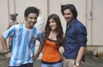 Raghav Juyal, Ali Fazal, Rhea Chakraborty at Sippy_s Sonali Cable poster shoot in Mehboob, Mumbai on 1st Aug 2014 (287)_53dccb4ff0fa2.JPG