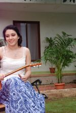 Ankit Saraswat with Anchal Singh at the shooting of Hai Tu in Madh Island on 4th Aug 2014 (32)_53e1cbb65aea5.JPG