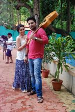 Ankit Saraswat with Anchal Singh at the shooting of Hai Tu in Madh Island on 4th Aug 2014 (35)_53e1cc549dfc2.JPG