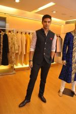 Saqib Saleem in Varun Bahl at Varun Bhal_s Couture Collection preview at AZA_53e21fb59d0e6.JPG
