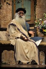 at Sony DADC DVD launch of _Leadership Beyond the leeder_ a conversation with Sadhguru in Sion on 4th Aug 2014 (54)_53e1f00fb21b4.JPG