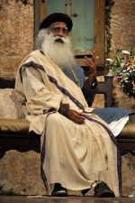 at Sony DADC DVD launch of _Leadership Beyond the leeder_ a conversation with Sadhguru in Sion on 4th Aug 2014 (57)_53e1f014b9425.JPG