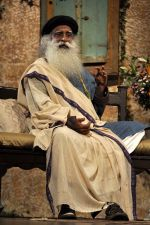 at Sony DADC DVD launch of _Leadership Beyond the leeder_ a conversation with Sadhguru in Sion on 4th Aug 2014 (61)_53e1f01b3975a.JPG