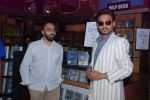 Ritesh Batra, Irrfan Khan at Lunchbox DVD launch in Infinity, Mumbai on 6th Aug 2014 (41)_53e35e45c22ec.JPG