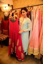 Amrita Puri at Shruti Sancheti and Ritika Mirchandani_s preview at Hue store in Huges Road on 7th Aug 2014 (59)_53e4de74efb0a.JPG