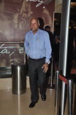 Manmohan Shetty at Premiere of The 100 foot journey hosted by Om Puri in PVR, Mumbai on 7th Aug 2014 (2)_53e4dce229729.JPG