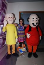 Avika Gor on location Sasural Simar Ka with Nicktoons Motu Patlu in Mira Road on 8th Aug 2014 (22)_53e5b87e4b3bb.JPG