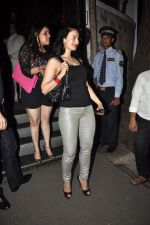 Ameesha Patel at Ek Haseena Thi 100 episodes completion at Eddie_s Bistro Pali Hill on 8th Aug 2014 (357)_53e761b31a6e1.JPG