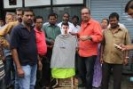MLA Krishna Hegde makes nude Aaamir wear t-shirt in Parle on 9th Aug 2014 (54)_53e752727cf31.JPG