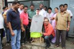 MLA Krishna Hegde makes nude Aaamir wear t-shirt in Parle on 9th Aug 2014 (57)_53e75276b8955.JPG