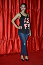 Ameesha Patel at the launch of trailer Ekkees Toppon Ki Salaami in PVR on 11th Aug 2014 (413)_53ea1a9038596.JPG