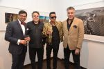 Abu Jani, Sandeep Khosla at photographer Ram Shergill_s exhibition presented by Vacheron Constantin in Saffron Art, Worli on 12th Aug 2014 (86)_53eb0e9948670.JPG