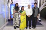 Kalol Datta and Nachiket Barve at Bombay Dyeing new home improvement range launch in Tote on 12th Aug 2014 (48)_53eb0b802a4b2.JPG