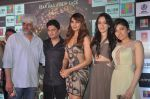 Vikram Bhatt, Bhushan Kumar, Bipasha Basu, Khushali Kumar, Tulsi Kumar on ramp to promote Creature 3d film in R City Mall, Mumbai on 12th Aug 2014 (80)_53eb732773607.JPG