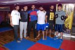 Vivaan Shah, Akhil Kapur at Gold Gym introduces Wolverine workout in Bandra, Mumbai on 12th Aug 2014 (203)_53eb097f31e2e.JPG