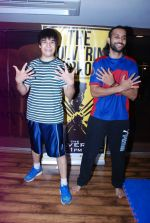 Vivaan Shah, Akhil Kapur at Gold Gym introduces Wolverine workout in Bandra, Mumbai on 12th Aug 2014 (206)_53eb0982129f6.JPG