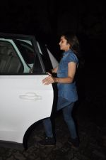 Alia Bhatt snapped at Karan_s house in Bandra, Mumbai on 15th Aug 2014 (12)_53ef45829d4be.JPG