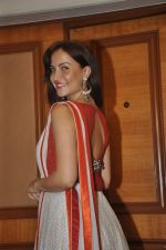 Elli Avram at special Indian national anthem launch in Palm Grove on 15th Aug 2014 (150)_53ef50c66b3e0.JPG