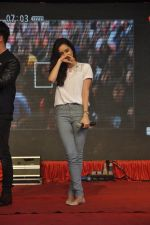 Shraddha Kapoor at Haider promotions at Umang College festival  in Parle, Mumbai on 15th Aug 2014 (53)_53ef4c2c9d1c3.JPG
