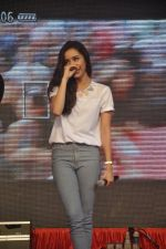 Shraddha Kapoor at Haider promotions at Umang College festival  in Parle, Mumbai on 15th Aug 2014 (57)_53ef4c32df4cd.JPG