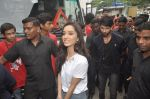 Shraddha Kapoor, Shahid Kapoor at Haider promotions at Umang College festival  in Parle, Mumbai on 15th Aug 2014 (130)_53ef4c67a938f.JPG