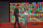Shraddha Kapoor, Shahid Kapoor at Haider promotions at Umang College festival  in Parle, Mumbai on 15th Aug 2014 (234)_53ef4b232c58d.JPG