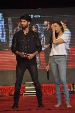 Shraddha Kapoor, Shahid Kapoor at Haider promotions at Umang College festival  in Parle, Mumbai on 15th Aug 2014 (247)_53ef4c83cba96.JPG