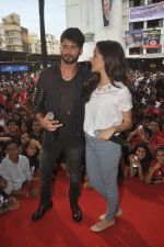 Shraddha Kapoor, Shahid Kapoor at Haider promotions at Umang College festival  in Parle, Mumbai on 15th Aug 2014 (332)_53ef4b55200a3.JPG